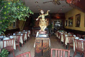 Tumnan Thai Restaurant